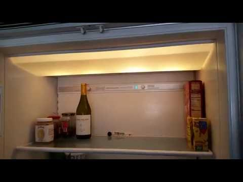 Sub-Zero 550 (500 Series) Refrigerator & Freezer - Testing After Changing Burnt Out Light Bulbs