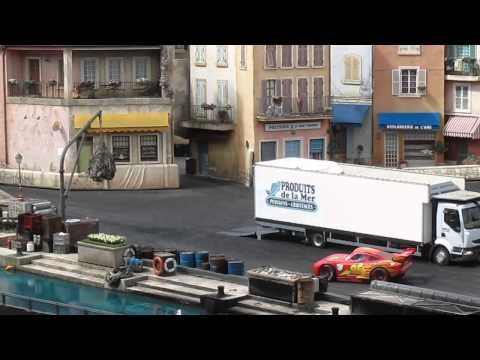 Awesome Live stunt show - Disney Land Paris Cars - you gotta watch this