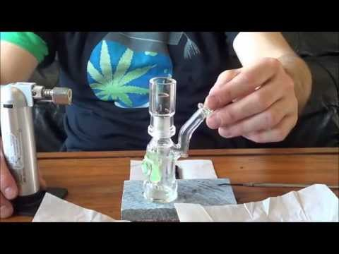 How To Smoke Concentrates in a Dabbing Rig