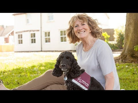 Meet Geraldine Winhall and Hearing Dog Bella