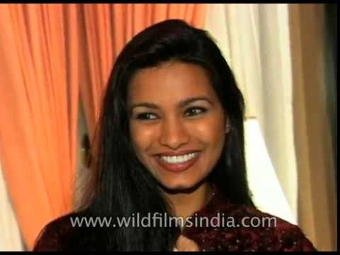 Miss World 1997 : Diana Hayden wins crown for India and returns to India