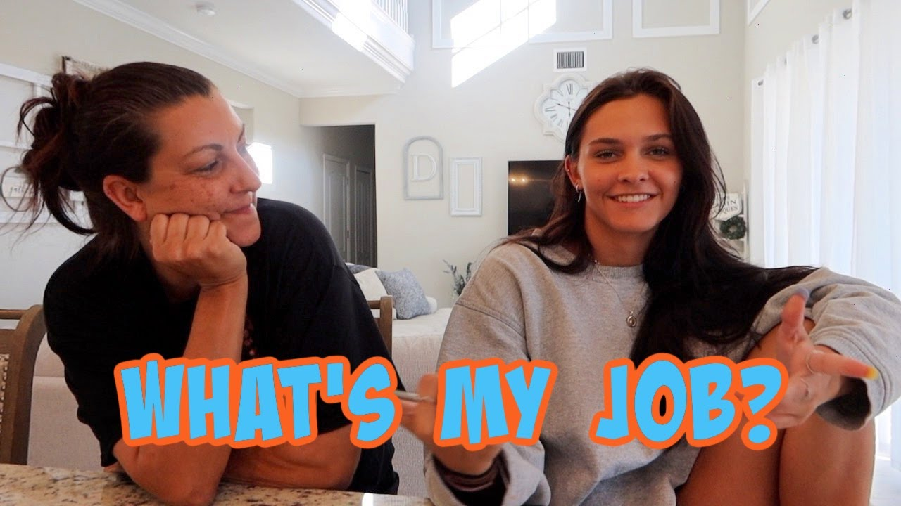 MY FIRST JOB! STORY TIME LET'S TALK ABOUT IT! EMMA AND ELLIE