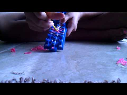 Starburst ring crazy loom