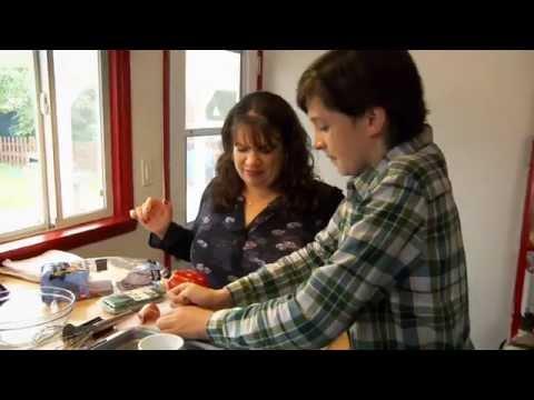 Healthy Eggs Benedict: Recipe Rehab Season 3 - Episode 20 Preview