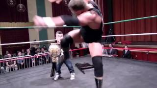 Former WWE Star Mr. Kennedy SUPERKICKS a FAN at an indie show!