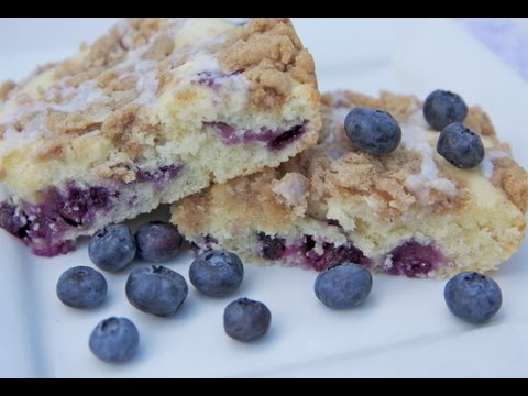 French Vanilla Blueberry Streusel Coffee Cake