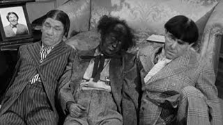 The Three Stooges: Corny Casanovas