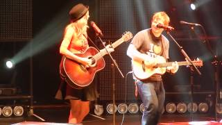 """Ed Sheeran and surprise guest Taylor Swift """"Everything Has Changed"""" at MSG 11/1- HQ"""