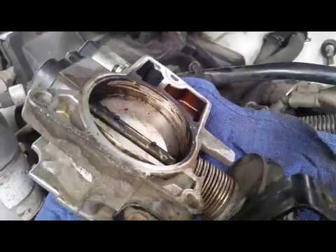How to Remove and Clean Throttle Body - Chevy 4.3L Vortec V6 (S10, Blazer, Silverado)