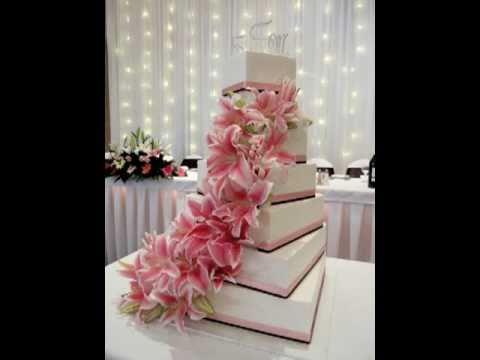 Damask Pattern Wedding Cake Wedding Cake Ideas Red Roses Wedding