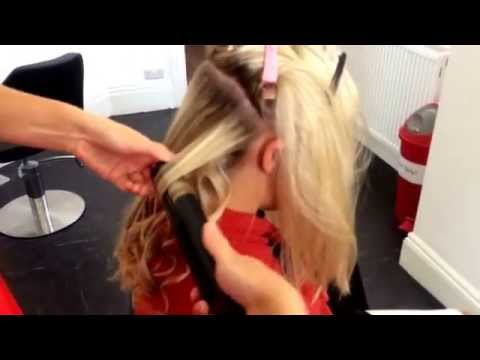 How to do tight curls with the straighteners. #cloud9s #tight #wavy #curls #pinups