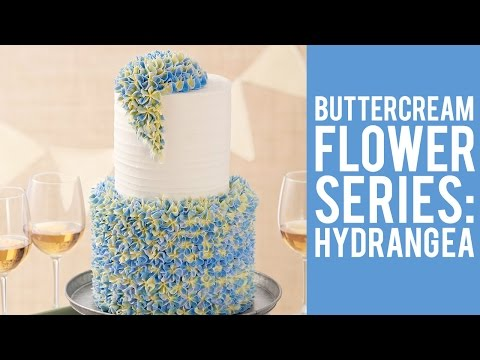 Buttercream Flowers: The Hydrangea