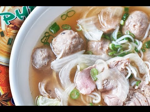 An Instant Pho Broth Review. Is 1-Minute Pho Broth Any Good?