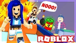 YOU MUST RUN OR DIE!! ROBLOX DEATH RUN!