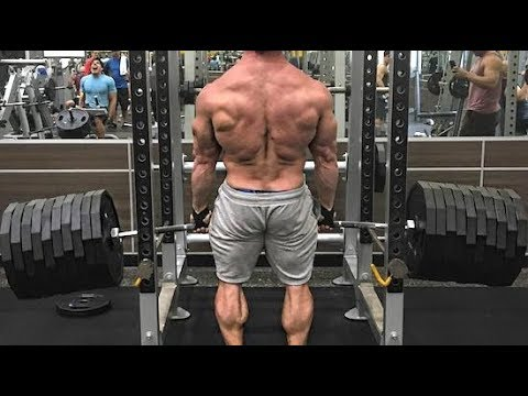 FAKE WEIGHTS (In The Fitness Industry)