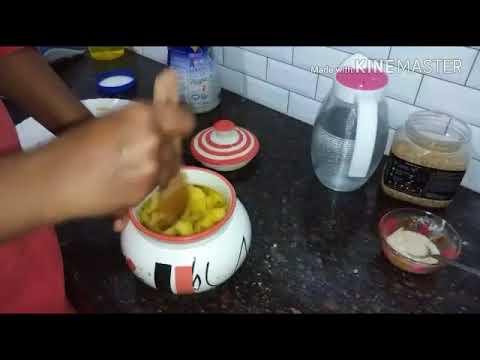 How to make homemade pineapple wine