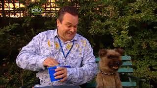 Scoop: episode 4 series 1 (Cat-Astrophe)
