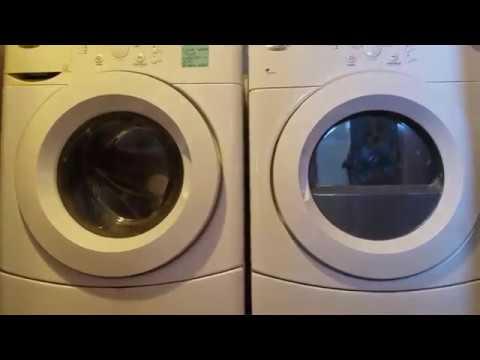 DIY $20 washer dryer stand
