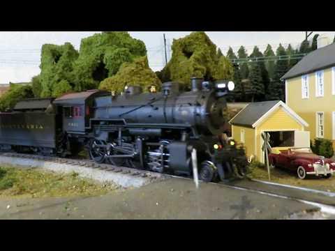 PRR and PRSL Model Trains on HO Layout Dec 2017