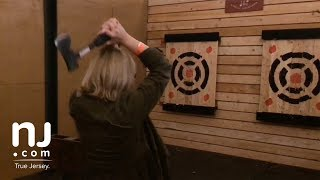 What is hatchet throwing and axe throwing?