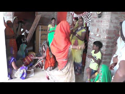 Xxx Mp4 औरैया जिला का देहाती नाच गीत DEHATI NACH GEET भाभी जी ने किया कमरतोड़ डांस 3gp Sex