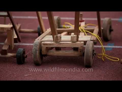 Wooden cars for Formula One Race !