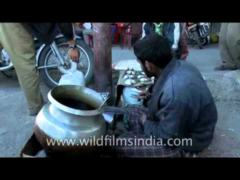 Kashmiri Cuisine - rista and gushtaba