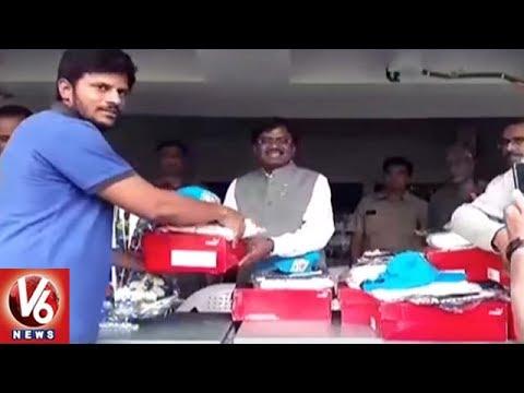 HCA President Vivekanand Presents Jersey Kits To Raju Cricket Club Team | Hyderabad | V6 News