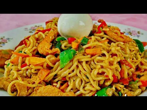 Indomie Noodles Stir Fry - With Chicken - Anamicooks