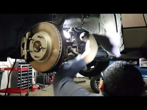 Inner and outer tie rod on a 2005 Honda Accord DX