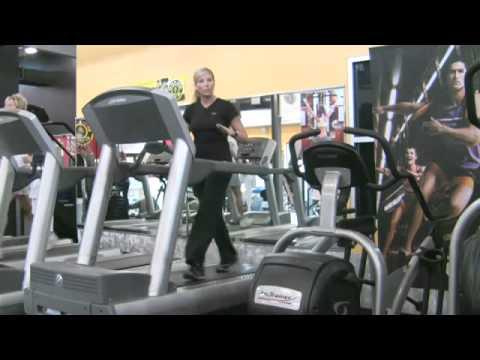 How to Walk on Treadmills