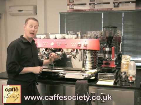 How to make a latte - Barista Tips