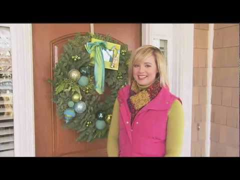 How to Make an Ornament Wreath for Christmas