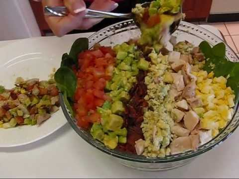 Betty's Classic Cobb Salad