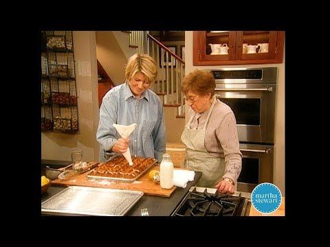 Mrs. Kostyra's Hot Cross Buns- Martha Stewart