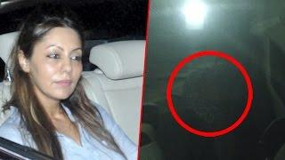 Gauri Khan Spotted Hiding Behind Car Seat | Bollywood Buzz