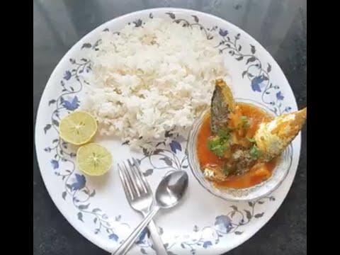 Mavudikay cheppala pulusu (Raw mango & Fish Curry)