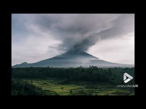 Time lapse of volcano Agung, Bali