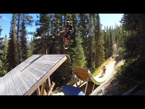 A Coloradical WKND: Shredding Trestle Downhill MTB Park - Banana Peel