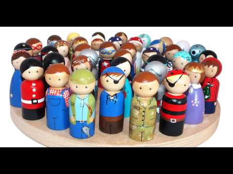 A slideshow of just some of my peg doll creations.