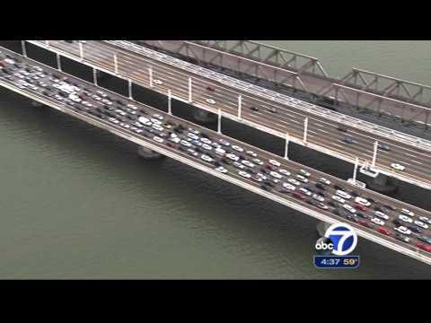 Protesters Stop Bay Bridge Traffic V.5