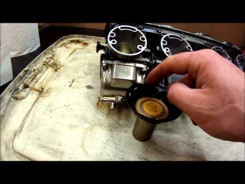 Checking carburetor slide diaphragms for problems