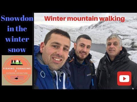 SNOWDON IN THE WINTER SNOW - Snowdonia mountain walking