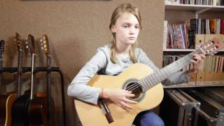 Download Logy's 'Gigue' - Clarissa (guitar pupil of Cliff Smith) Video