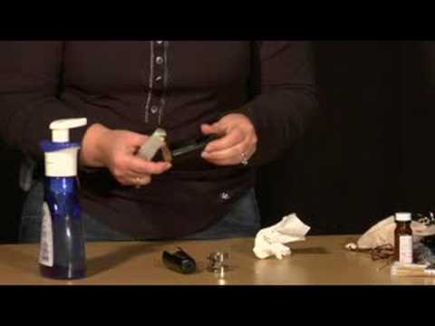 Clarinet Maintenance : Cleaning a Clarinet Mouthpiece