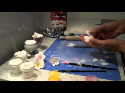 How to make a fondant Frangipani