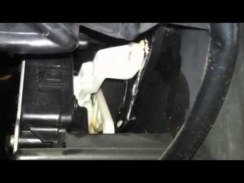 2004 Honda Accord dash area clicking sound - solved