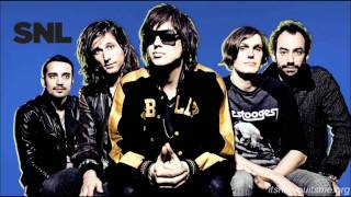 The Strokes- Meet Me In The Bathroom (Home Recording)