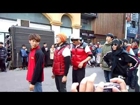 [SEOUL] Street Performance at Myeongdong #1