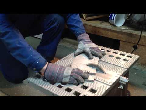 Cutting aluminum with tablesaw
